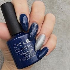 trendy gel manicure colors winter new years Christmas Shellac Nails, Blue Shellac Nails, Shellac Nail Designs, Manicure Colors, Gel Nail Colors, Cnd Shellac Colors Winter, Gel Nails Shape, Acrylic Nail Powder, No Chip Nails