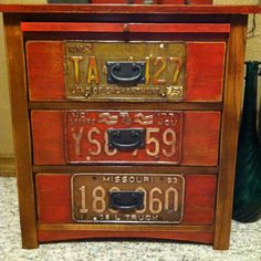 DIY Night stand with license plate from each state License Plate Crafts, Old License Plates, License Plate Art, Licence Plates, License Plate Ideas, Repurposed Items, Repurposed Furniture, Painted Furniture, Industrial Furniture