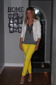 How To Style Yellow Jeans ~ 5 Ways  Yellow Jeans ~ 5 Ways  http://sextoninthecity.ca/yellow-jeans-5-ways/