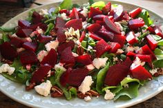 Della Terra Cranberry Pear White Balsamic is a customer favourite and this salad lets the balance of the sweet and tart flavours shine.