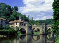 http://www.tourismelimousin.com/Decouvrez-le-Limousin/Villes-et-villages/Nos-villages-remarquables