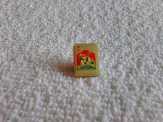 Vintage Japan/Japanese Nissan 1990 Automotive pin badge