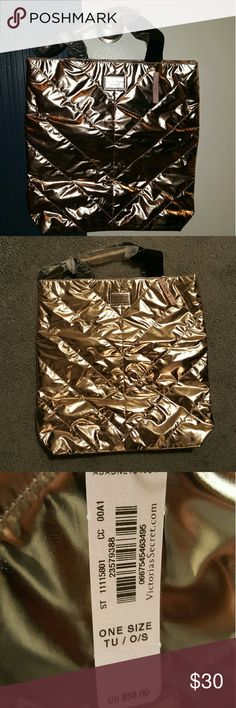 ⭐Victoria's Secret Metallic Rose Gold Tote Bag BRAND NEW NEVER USED Victoria's Secret Rose Gold Tote Bag. New with tag still on it. Excellent condition!!  **2017 Limited Metallic Gold Tote Bag.**  Measurements: Width: 16 inches  Height: 16 inches Victorias Secret Bags Totes