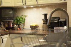 adelaparvu.com despre amenajare locuinta 3 camere, 51 mp, Bucuresti, design interior Iulia Banu, Foto Dragos Boldea (25) Home Decor, Home, Decor, Sink