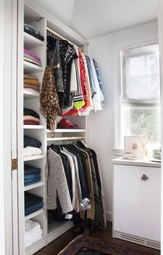 @elementstyle's new custom #closet maximizes space for both hanging and folded clothes. #CaliforniaClosets