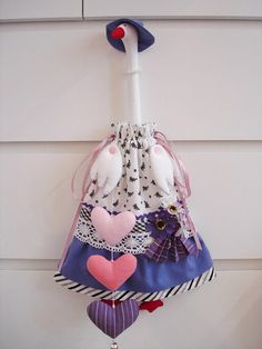Love Craft, Easter, Christmas Ornaments, Holiday Decor, Crafts, Home Decor, Bag Holders, Made By Hands, Diy And Crafts