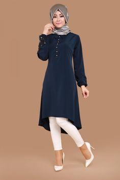 8ebb210e84a6e3 Kolları Nakışlı Taşlı Tunik Laci Ürün kodu: PN2018 --> 79.90 TL Hijab