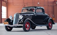 1934 Ford V-8 DeLuxe Three-Window Coupe. A more common example of mass-produced automobiles during the 1930s.