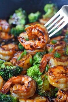 Honey Garlic Butter Shrimp & Broccoli - Butter Your Biscuit - Honey garlic butter shrimp is a gourmet meal with no effort. Perfect for those busy weeknights or e - Shrimp Recipes Easy, Asian Recipes, Gourmet Recipes, Healthy Dinner Recipes, Cooking Recipes, Meals With Shrimp, Chinese Shrimp Recipes, Grilled Shrimp Recipes, Baked Shrimp