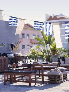 ÄPPLARÖ serie | #IKEA #IKEAnl #buiten #balkon #acaciahout #loungeset #tuinset