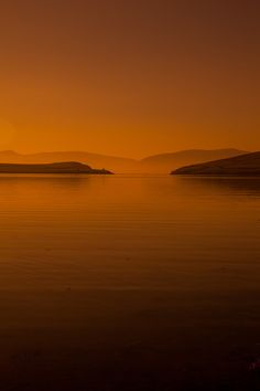 Sunrise over the Dingle Peninsula on the Wild Atlantic Way Ireland | The Planet D Travel Blog