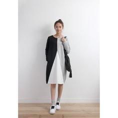 Colorblock Sweat Dress (SPDS03457BLK/GRY)
