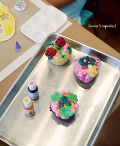 Duff's CakeMix—where you can decorate your own cake