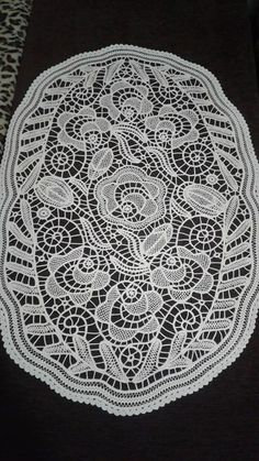 (99) Facebook Filet Crochet, Crochet Motif, Irish Crochet, Romanian Lace, Point Lace, Needle Lace, Diy And Crafts, Embroidery, Milan