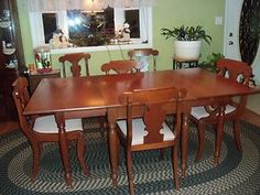 Willett Transitional Solid Cherry Dining Table With 4 Armless
