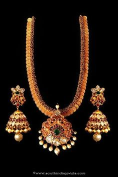 Gold antique long necklace from Mor Jewellers