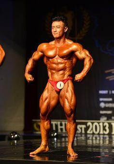 Kim Jun Ho (김준호, Korean Bodybuilder)