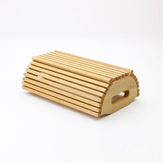 brotkorb Router Projects, Wood Projects, Craft Stick Crafts, Wood Crafts, Osb Wood, Wooden Tool Boxes, Boot Storage, Kitchen Utilities, Organisation Hacks