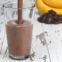 Healthy Smoothies Dark Chocolate Peanut Butter Banana Protein Smoothie by Tasty - Here's what you need: water, peanut butter, chocolate protein powder, dark chocolate cocoa powder, banana Protein Smoothies, Breakfast Smoothies, Fruit Smoothies, Making Smoothies, Lunch Smoothie, Detox Breakfast, Protein Desserts, Breakfast Healthy, Healthy Breakfasts