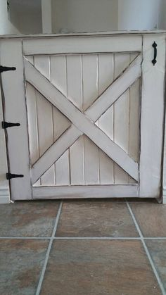 Cute, rustic barn door style, baby gate. Custom made to order. Please specify dimensions and color of choice. Can be painted or stained.