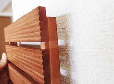 敷くだけじゃないんです。セリアの「100均ウッドデッキ」活用術   LOVEGREEN(ラブグリーン) Stairs, Home Decor, Ladders, Homemade Home Decor, Stairway, Staircases, Decoration Home, Stairways, Interior Decorating