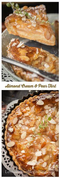 Crema de almendras y pera Tarta - base de masa de hojaldre escamosa con almendras y crema de Amaretto escalfados peras.  Let por el bicarbonato de comenzar!