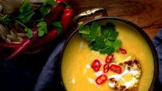 Zkuste květákovou polévku připravit tentokrát trochu jinak. Mám pro vás tip na pikantní a trochu exotičtější variantu této oblíbené zeleninové polévky.
