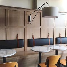 design - 80 Nice Banquette Seating Ideas for Kitchen Banquette Restaurant, Deco Restaurant, Restaurant Seating, Kitchen Banquette Seating, Dining Bench, Dining Room, Luxury Restaurant, Banquet Seating, Booth Seating