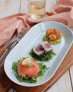 Recipe: Trio of fish with salmon and tuna – Savory Sweets – Foods and Drinks Clean Recipes, Veggie Recipes, Seafood Recipes, Healthy Recipes, Healthy Cooking, Cooking Recipes, Gourmet Appetizers, Churros, Food Presentation