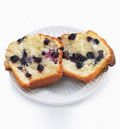 LIFE Blueberry Banana Muffins: Recipes: Self.com! These look yummy for a morning breakfast at only 130 calories and have superfoods!