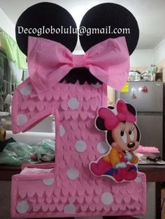 Minnie Mouse Birthday Decorations, Minnie Mouse Theme Party, Fiesta Mickey Mouse, Minnie Mouse Pink, Minnie Birthday, Little Girl Birthday, Mickey Party, Mouse Parties, 1st Birthday Parties