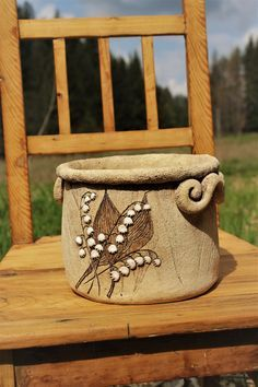 Pottery Pots, Slab Pottery, Ceramic Pottery, Ceramic Pinch Pots, Clay Texture, Clay Mugs, Wheel Thrown Pottery, Ceramics Projects, Ceramic Decor