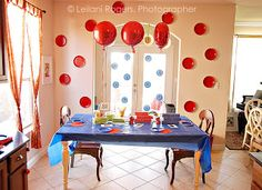 My Many Colored Days: Lego Party! cool website for party ideas Lego Birthday Party, Birthday Parties, 7th Birthday, Free Lego, Minnie Mouse Party, Backdrops For Parties, Party Printables, Plates On Wall, Birthday Decorations