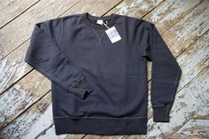 Buzz Rickson Black Single-V Needle Sweatshirt | American Classics London