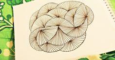 Her er endnu en DIY til dig, der godt kunne tænke dig lidt mere mønster-terapi. Se min første mønster DIY HER . Du skal bruge: papir o...