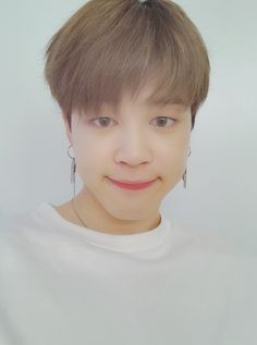 Image shared by Find images and videos about kpop, bts and jungkook on We Heart It - the app to get lost in what you love. Jimin Selca, Jhope, Bts Bangtan Boy, Park Ji Min, Busan, Jung Kook, K Pop, Bts Twt, Fandoms