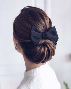 Long Hair With Bangs, Very Long Hair, Long Curly Hair, Medium Hair Styles, Curly Hair Styles, Peinado Updo, Boho Updo, Bride Hairstyles, Elegant Hairstyles