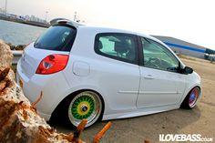 White Renault Clio on Different Colored BBS RS - Not my style, but interesting concept Clio Sport, I Love Bass, Love French, Black Wings, Air Ride, Modified Cars, Hot Wheels, Automobile