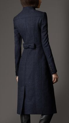 Burberry Bow Detail Wool Coat | Back Detail
