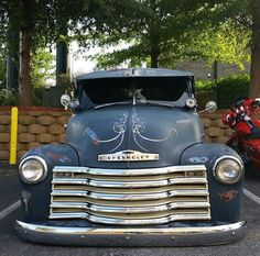 Classic Chevy truck 54 Chevy Truck, Custom Chevy Trucks, Chevy 3100, Vintage Pickup Trucks, Classic Pickup Trucks, Chevy Pickups, Chevrolet Trucks, 1955 Chevrolet, Vintage Campers