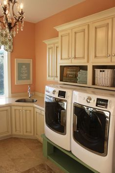 Parade of Homes 2011 - traditional - laundry room - salt lake city - by E Builders
