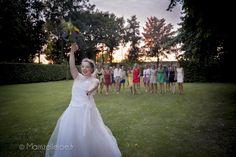 mariage multicolore Nord pas de calais - lancé du bouquet -