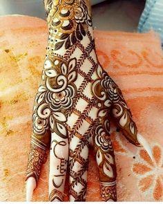 Henna Hand Designs, Dulhan Mehndi Designs, Mehndi Designs Finger, Modern Henna Designs, Khafif Mehndi Design, Floral Henna Designs, Stylish Mehndi Designs, Latest Bridal Mehndi Designs, Full Hand Mehndi Designs