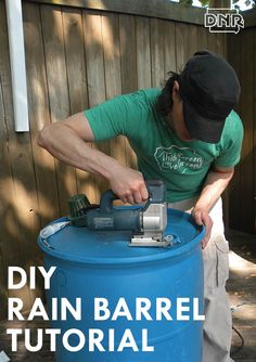 Build your own DIY rain barrel with this tutorial from the Iowa DNR Construisez votre propre baril de pluie DIY avec ce tutoriel de l'Iowa DNR More from my siteCe tutoriel pour Top Diy Rain Barrel IdeBarrage de pluie bricolage EarthMinded Rain Barrel System, Diy Jardin, Water From Air, Lawn Sprinklers, Water Collection, Rainwater Harvesting, Water Storage, Water Conservation, Water Systems