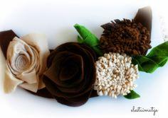 colier flori fetru Almond, Floral, Food, Florals, Almond Joy, Meals, Almonds, Flower, Yemek