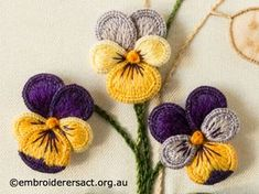 Heartsease from Stumpwork Panel with Heartsease and Honesty Seeds by Lorna Loveland – Embroiderers' Guild ACT Silk Ribbon Embroidery, Hand Embroidery Patterns, Embroidery Applique, Cross Stitch Embroidery, Brazilian Embroidery, Embroidery Techniques, Flower Tutorial, Embroidered Flowers, Crochet Flowers