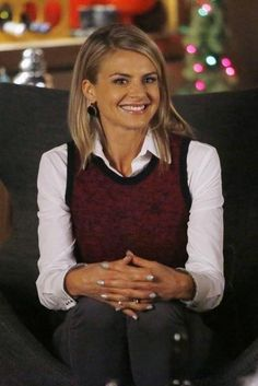 Still of Eliza Coupe in Happy Endings (2011)