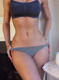 "birdyally: ""bye-belly-bloat: ""eriana_blanco "" her curves are gorgggg """