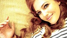 Meryem Uzerli, Star'la Yeni Sezonda 3 Milyon TL'ye Anlaştı http://www.ensonguncelhaber.com/