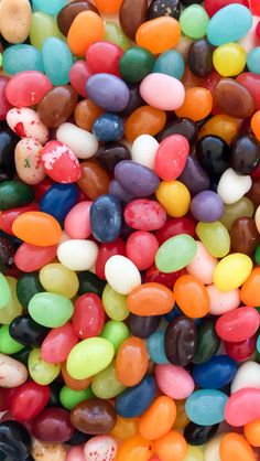 Free Easter Jelly Bean Candy Wallpaper for iPhone 5 and iPhone 6